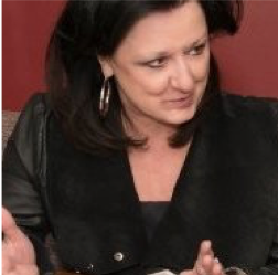 Image of Julie Todaro